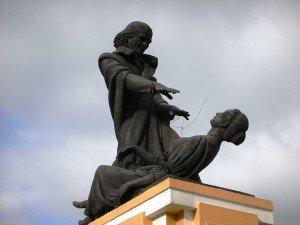Aba De Faria - Statue