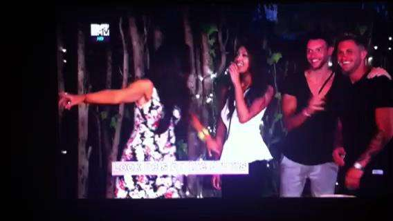 MTV-Hypnotist - Vikki